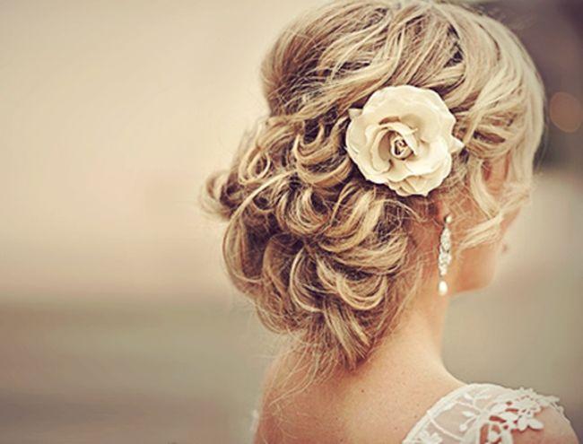 Melhores updos casamento que se adequar ao seu tipo de cabelo e textura
