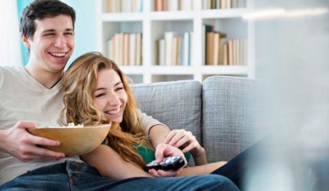 casal procura TV1