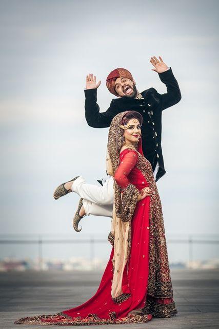 Noivo da mulher no épico foto do casamento