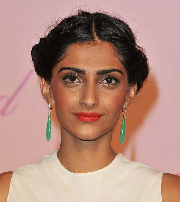 maquiagem erro por estrelas de Bollywood
