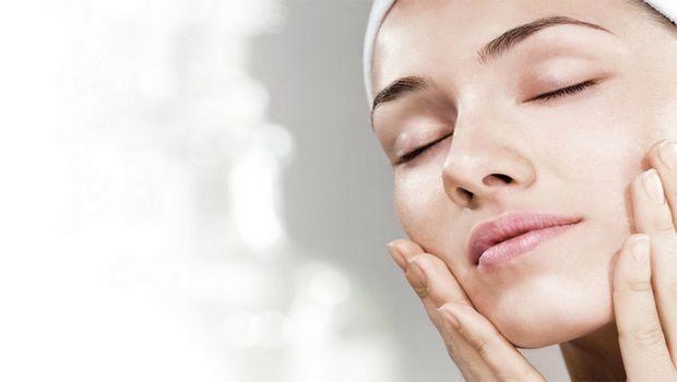 Minerais e vitaminas para controlar a pele oleosa - 5 melhores soluções