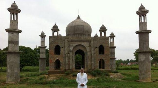 O fator que construiu uma réplica do Taj Mahal para sua falecida esposa
