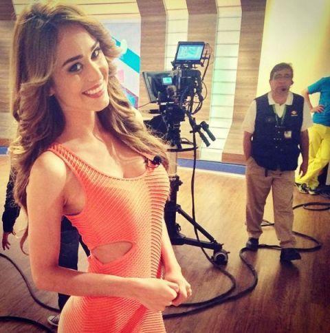 Por Mexico tempo ainda está quente: yanet garcia, apresentador de tempo em Televisa Monterrey