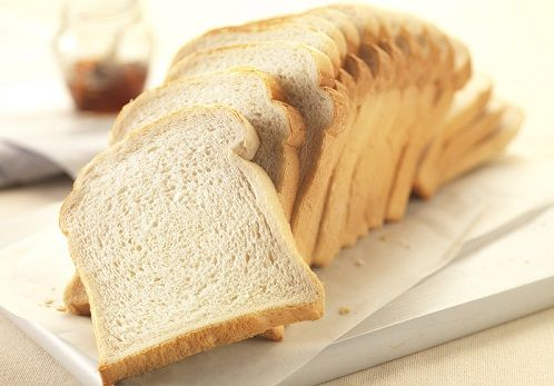 Sabe de calorias do pão branco por fatia?