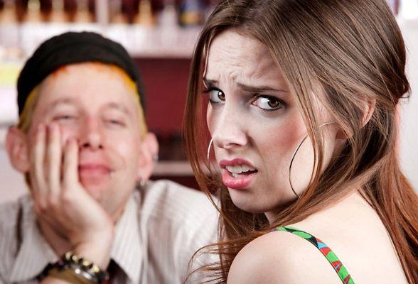 Coisas que as mulheres odeiam sobre a maneira pela qual os homens se vestem
