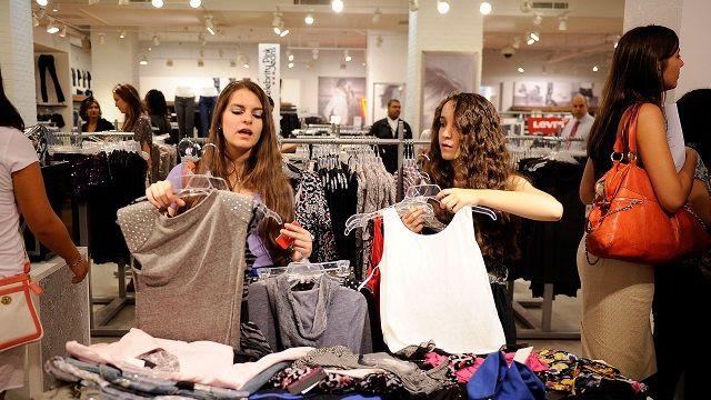 Coisas que as mulheres devem parar de usar depois de 30 anos